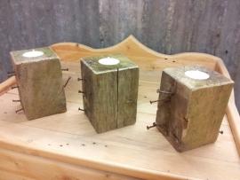Waxinelichtje Pallet Blok met spijkers