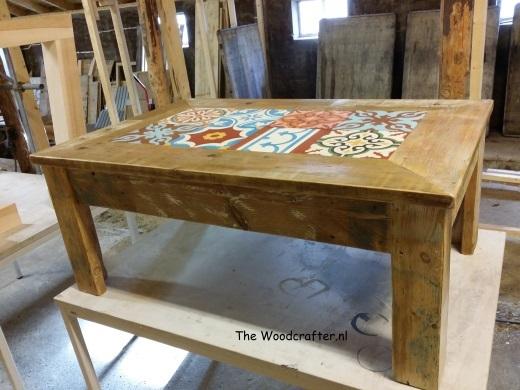 salontafeltje oude grenen planken