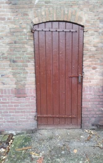 oude staldeur Het Smokkelaartje Strijbeek