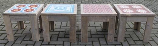 Salontafels met Portugese cementtegels
