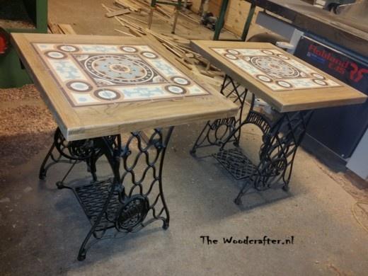Vintage tafels met naaimachine onderstellen