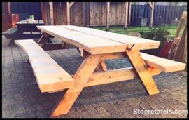 Stam-picknick tafel