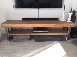 TV meubel massief met staal
