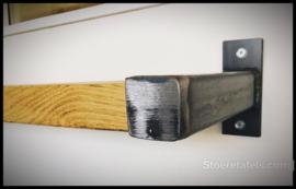Wandplank 3 cm dik met stalen beugel