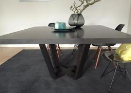 Verweven trapezium vierkanten tafel