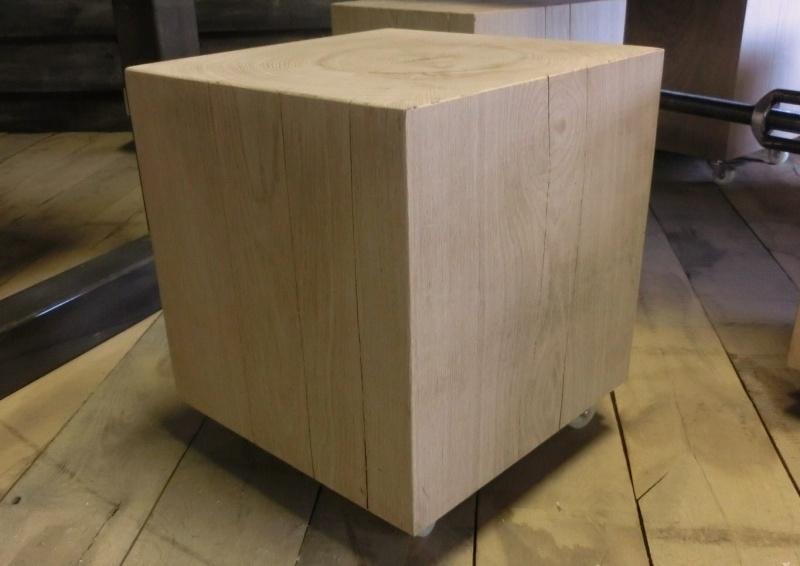 Massief Houten Blok Bijzettafel.Blok Op Wielen Bijzettafel Kruk Salontafels