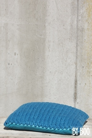 PILOW WOOL SMALL BLUE