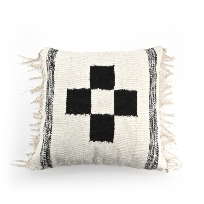PILLOW WOOL PATTERN