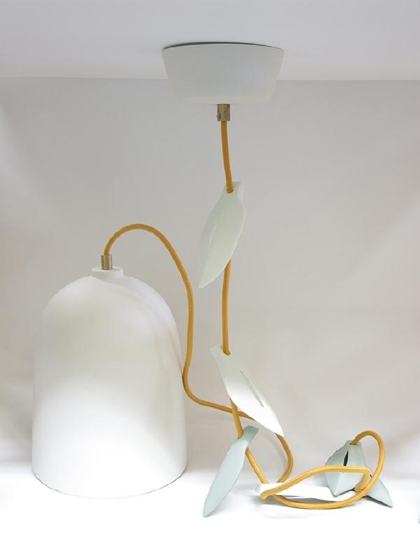 Wit met goudgeel snoer