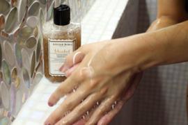 Atelier Rebul- Istanbul douchegel met scrub