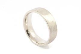 Galerie Puur - Ring zilver met bewerkt oppervlak - 9720