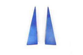 AW Edelsmeden - Gekleurd titanium oorhangers - AWO -2