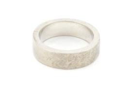 Galerie Puur - Ring met bewerkt oppervlak - 10538
