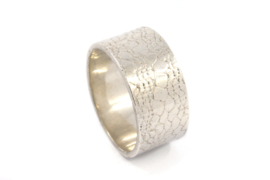 Galerie Puur - Ring zilver met gewalst oppervlak - 9753