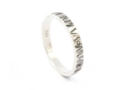 Galerie Puur - Ring met gezwart zilver en patroon smal - 10207