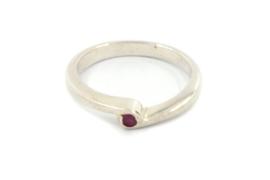 Galerie Puur - Ring zilver met robijn