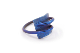 AW Edelsmeden - Blauw titanium ring - AWR-2