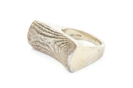 Galerie Puur - Ring zilver met hout patroon - 11042