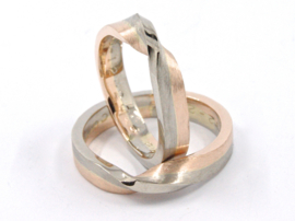 Trouwringen Twist Whitegold Redgold