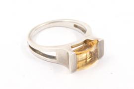 Hans van der Leen - Ring zilver met unieke steen - GN.HLR138