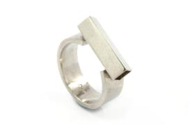 Galerie Puur - Ring zilver met vierkant buis - 1016