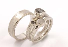 Trouwring  Whitegold Rough Diamond
