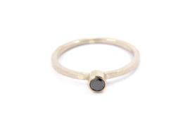 Galerie Puur - Wit gouden ring met zwarte diamant - 11427