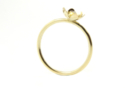 Erwin Borggreve - Ring goud met robijn bloemetje - 11254