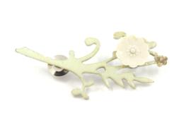 Hester Zagt - Geëmailleerde broche met porseleinen bloem - 10090