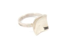 Galerie Puur - Ring zilver vierkant Melk collectie- 1025