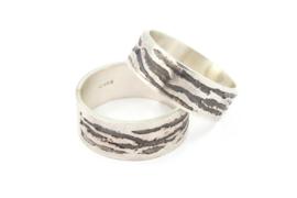 Lesley Zijlstra - Ring zilver tijgerstrepen smal - 11325