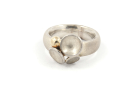 Myrthe Cools - Schotelring zilver en geelgoud - 9510