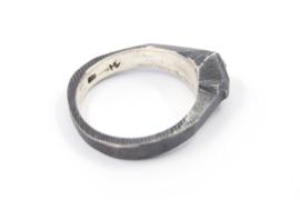Hans van der Leen - Ring gezwart zilver met ruwe diamant - 11225