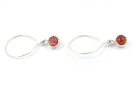 Galerie Puur - Oorhangers met rood roze cabochon - 11437