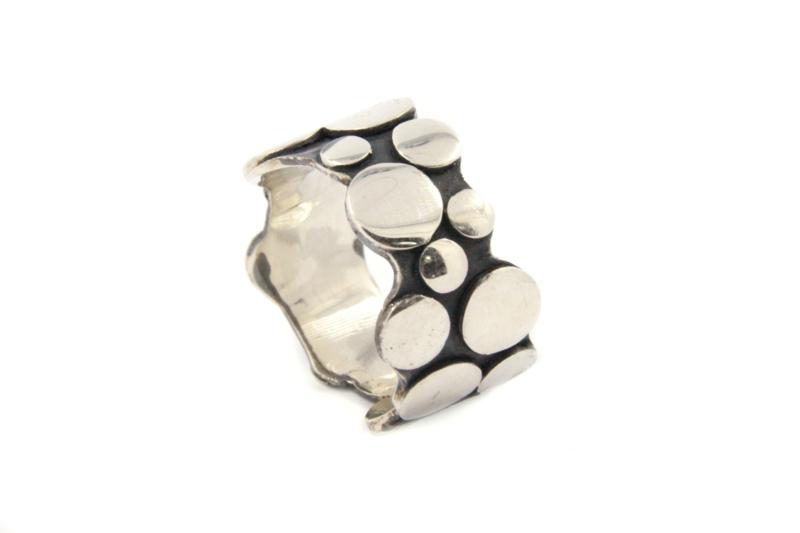 Galerie Puur - Ring gezwart zilver met cirkels - 11038