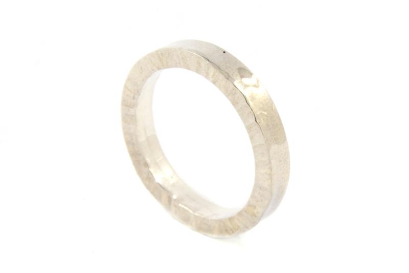 Galerie Puur - Ring met 'kartel' rand - 9481