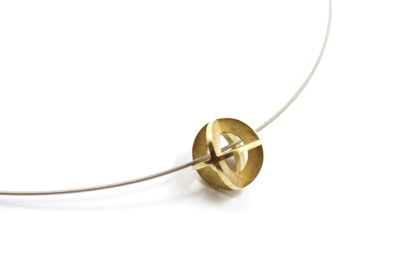 Brech Sieraden - Omega collier met gouden hanger - 110021