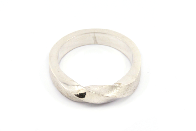 Galerie Puur - Twist ring zilver - 10770
