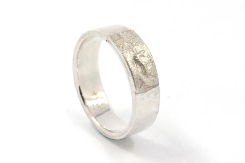 Hans van der Leen - Ring zilver met gestrooid goud - 10692.HLR24c