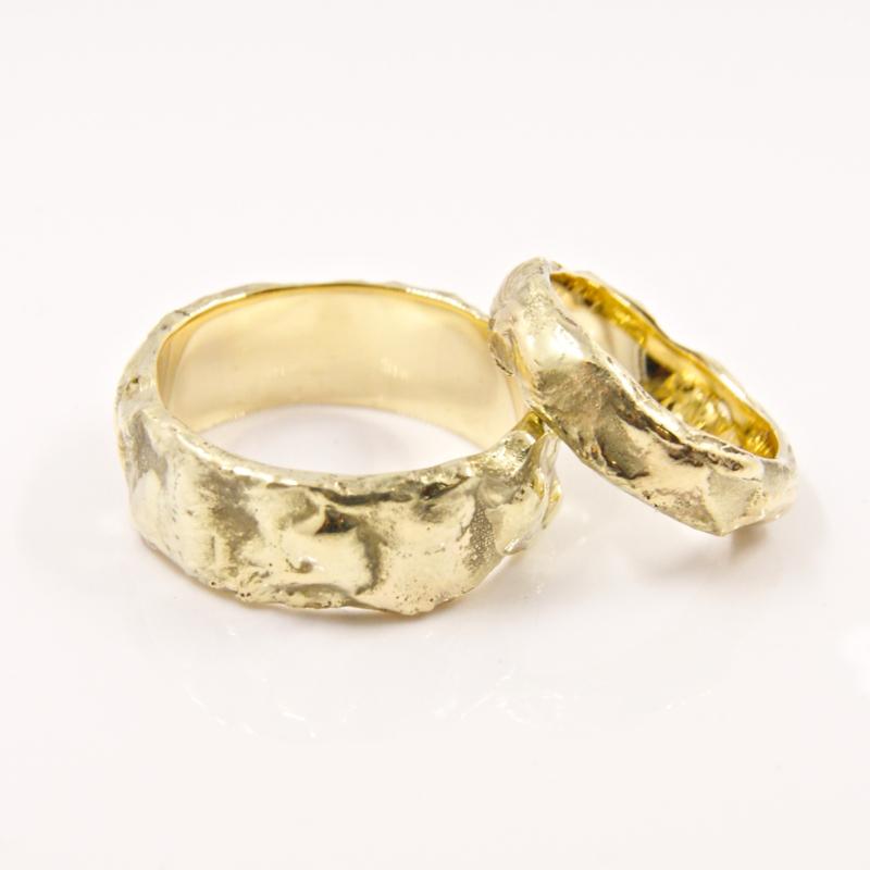 Trouwringen Molten Gold