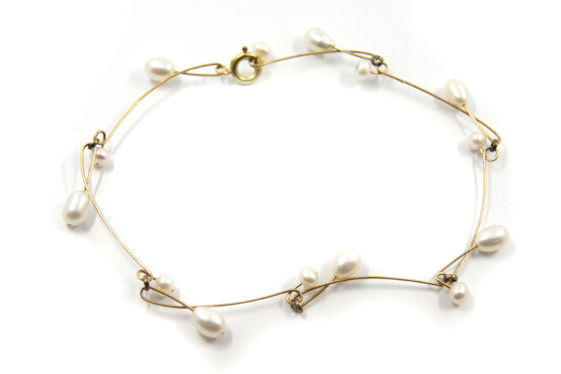 Maria van der Mel - verguld rhemanium armband met zoetwater parels - 102443