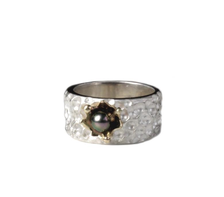 Corinne van Kamp - Regendruppel structuur ring met goud - 11676