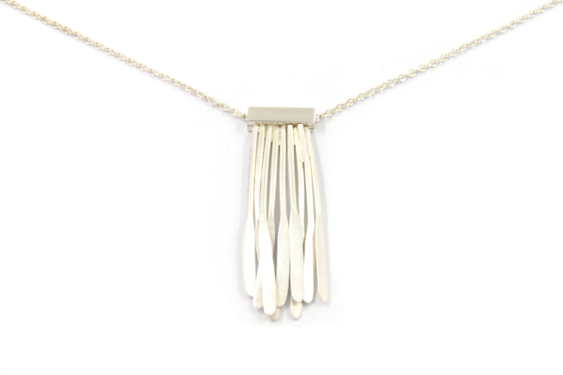 Maja Lava - Collier Feather Light collectie - 11347