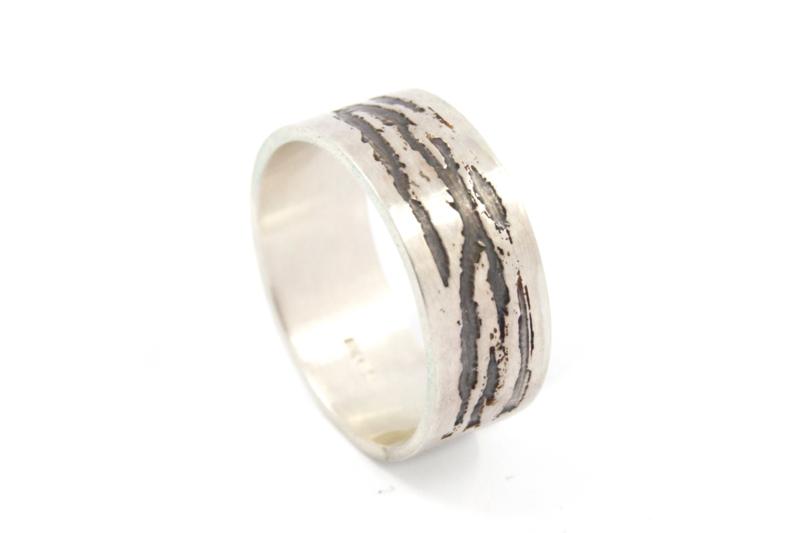 Lesley Zijlstra - Ring zilver tijgerstrepen breed - 11326