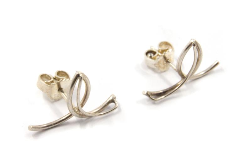 Dorien de Jonge - Zilveren oorbellen - 5O26