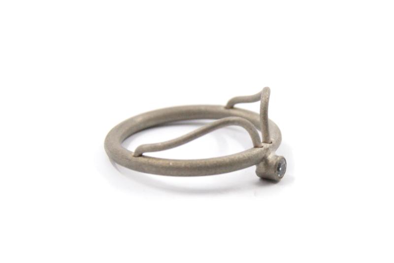 AW Edelsmeden - Ring titanium grijs met zirconia - AWR -9