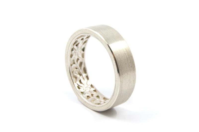 Myjung Kim - Zilveren ring Edelweiss -GN