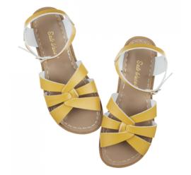 Saltwater sandals mustard
