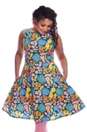 Cissi och Selma dress Saga klänning Blomklasar
