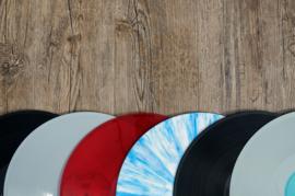 Blog: Is zwart vinyl beter dan gekleurd vinyl?